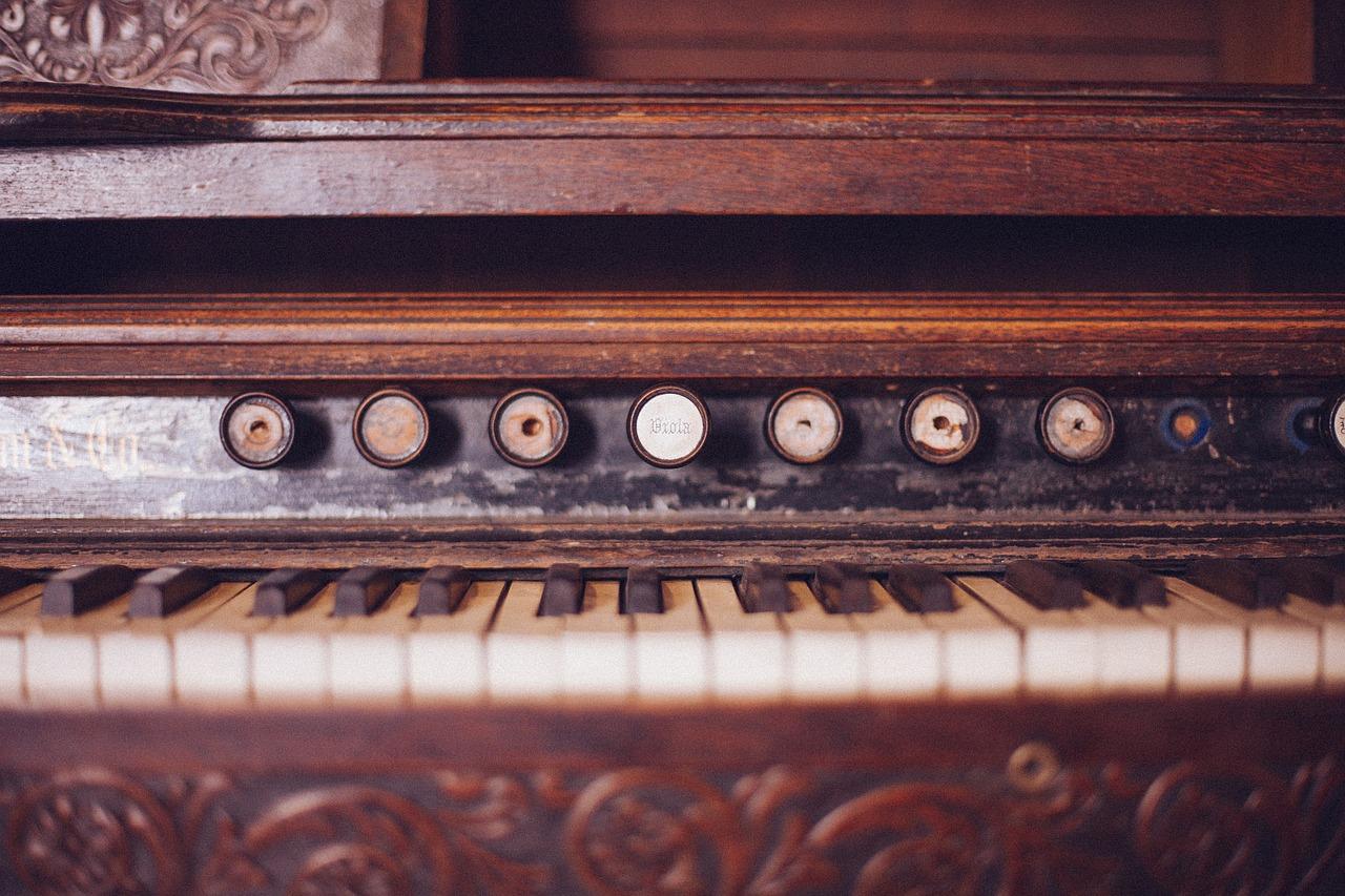 piano-349954_1280