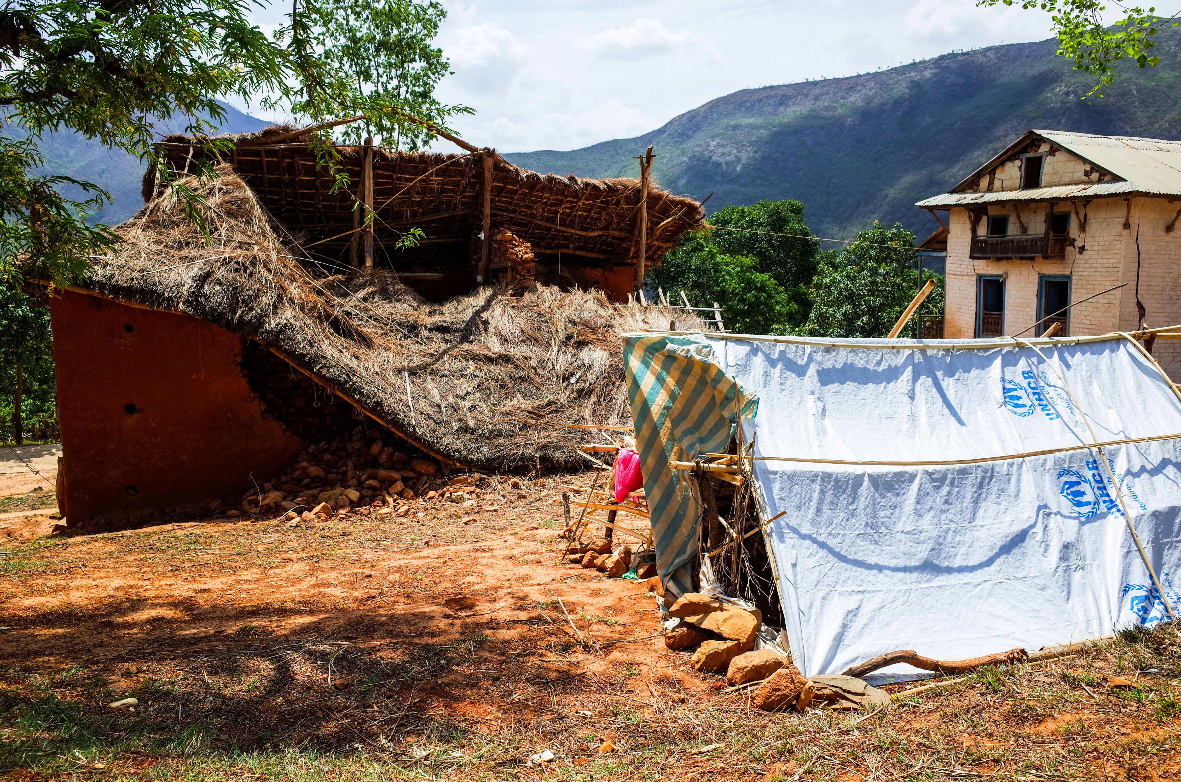 Tarpaulin to build tent given by UNSCR